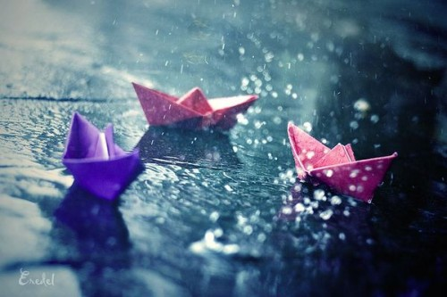 19_Paper Boats