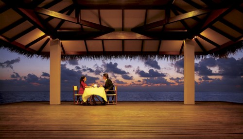 8_Dinner By The Sea